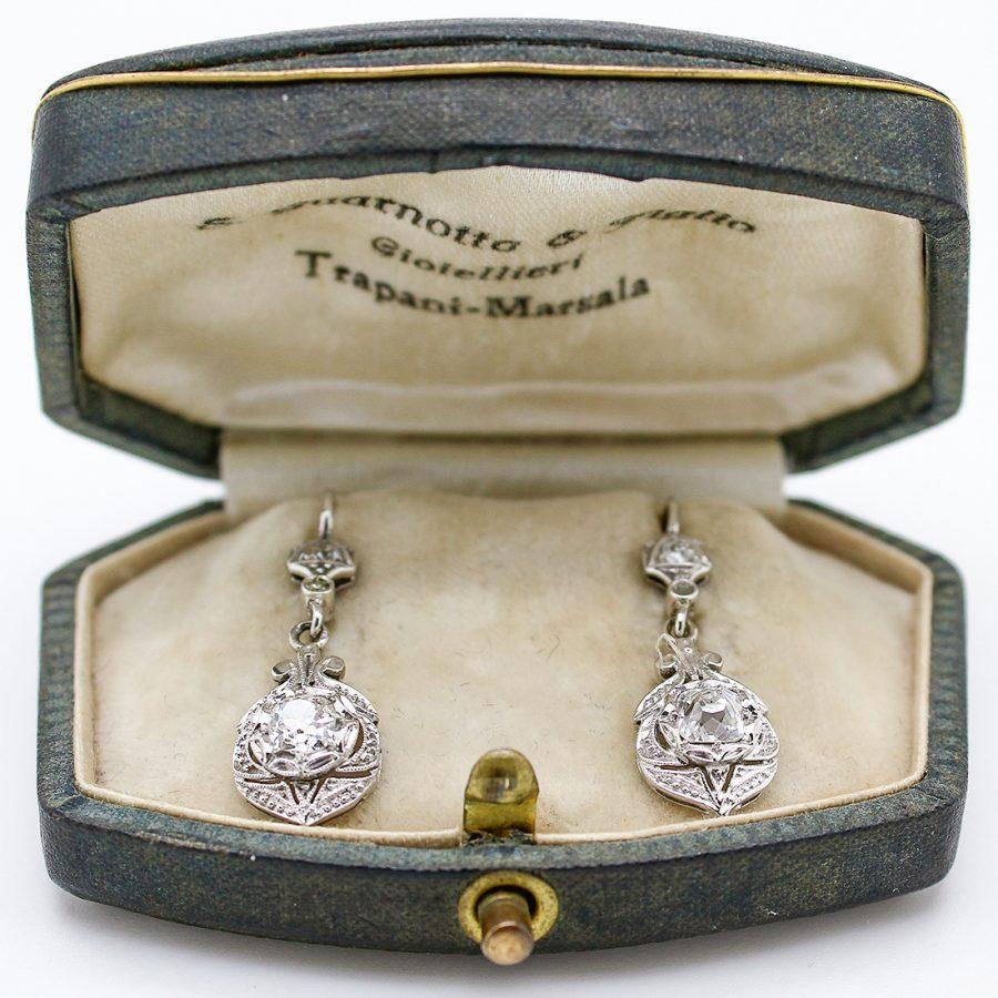 Orecchini Pendenti Deco in Oro e Diamanti