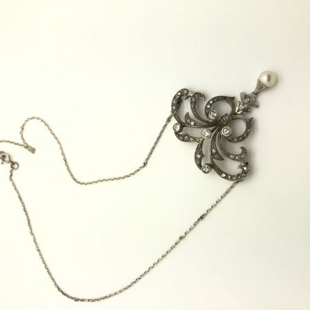 900 liberty necklace