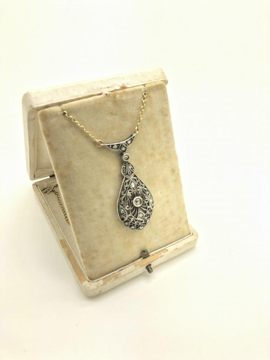 Collana Liberty a Goccia in Oro Argento e Diamanti