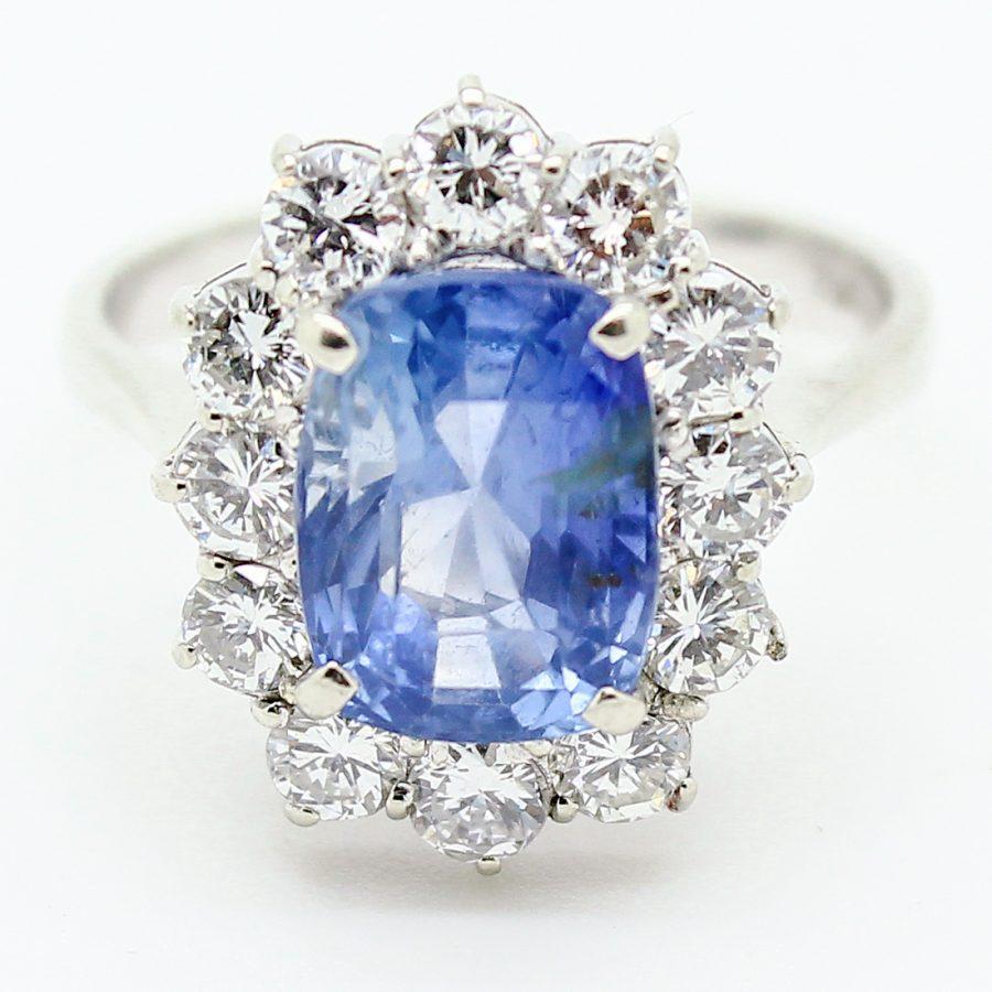Anello Vintage in Oro con Zaffiro e Diamanti