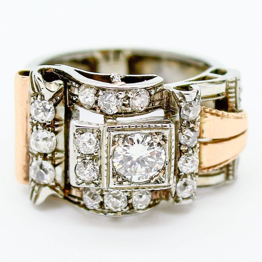 Anello Decò a Fibbia in Oro con Diamanti