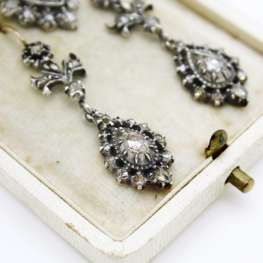 Demi parure antica del XIX secolo in oro argento e diamanti